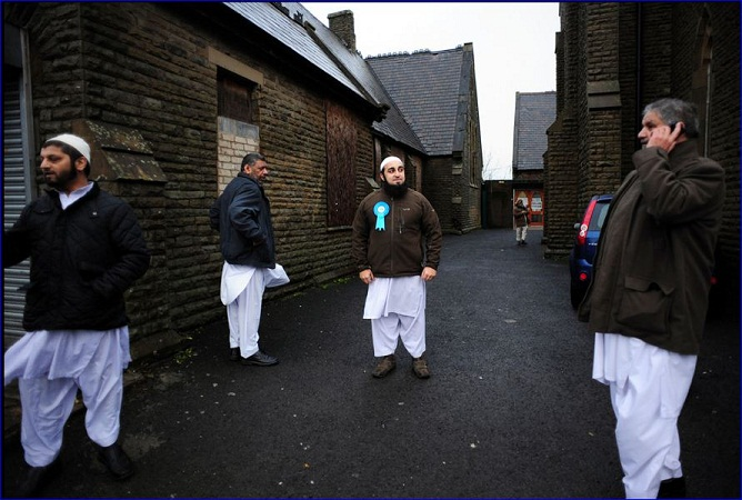 UK under islam with the brothers