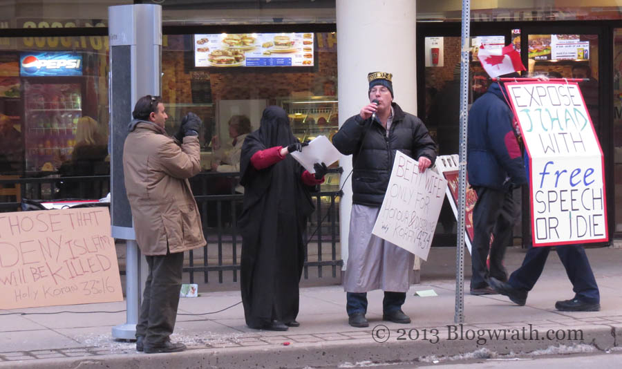 toronto-protest-against-islamic-misogyny-1