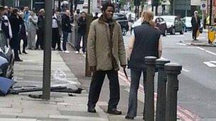 lone woman confronts london jihad 22.5.2013