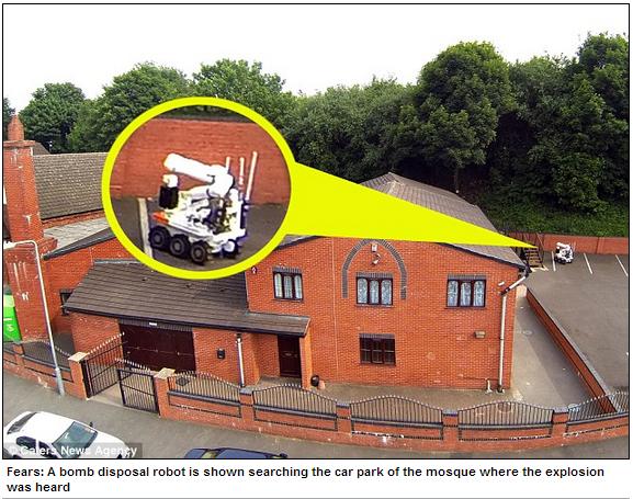 tiptton mosque attack 13.7.2013