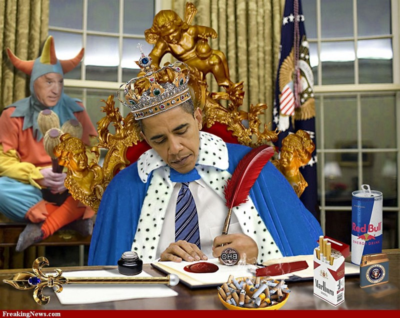 King-Barack-Obama-And-His-Jester