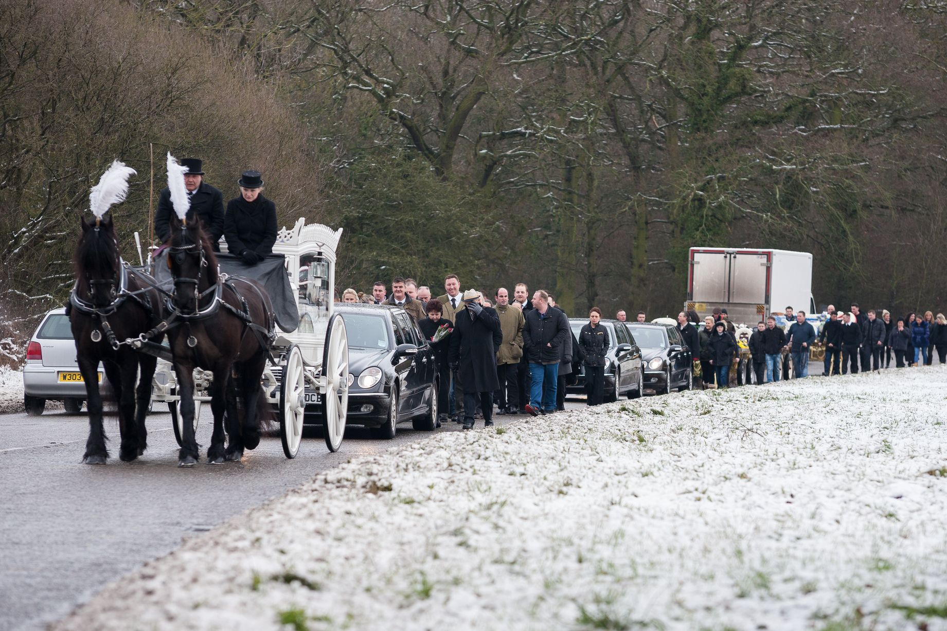 Gypsy-funeral-was-held-for-Shadrack-Smith-Picture-Matthew-Buchan