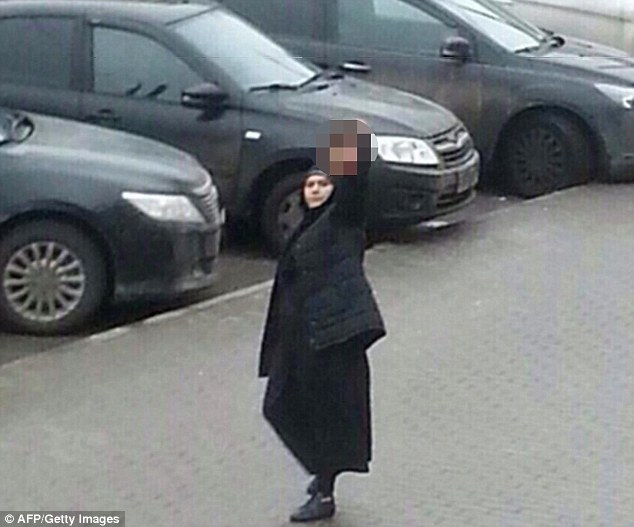 muslima hold head of decapitated 4 yr old in moscow